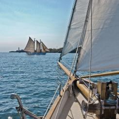 8_526_Sailing_m.jpg