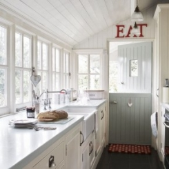 clipper_1319186976_Country_Kitchen_03.jpg