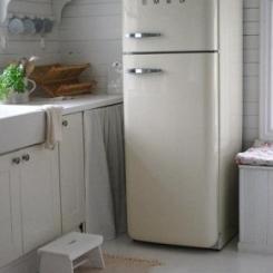 clipper_1323087459_Landelijke_keuken_met_Smeg_koelkast.jpg