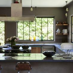 keuken_donkere_kleur_verven.jpg